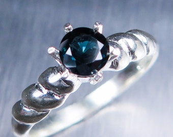 0.55cts Natural Dark Blue Spinel round round cut Sterling 925 silver engagement ring (available in gold, Platinum, Palladium) all sizes