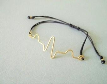 Handmade brass sound waveform unisex bracelet.