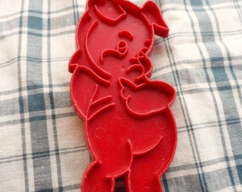 PORKY PIG Cookie Cutter- Kitchenware- Vintage Bakeware-Red Plastic-Sugar Cookies-Birthday-Party-Decorate-Holiday-Orphaned Treasure-122816G