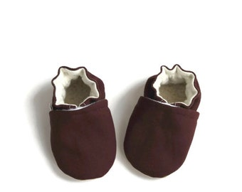 Baby booties,baby shoes, maroon baby shoes, baby shower gift,baby gift,summer baby shoes, canvas baby booties, maroon baby booties