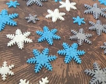 30 fondant snow flakes