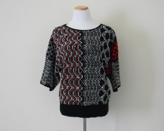 FREE usa SHIPPING vintage Batwing thick knit  blouse three quarter sleeve scoop neck black red and white geometrical bohemian chic oversized