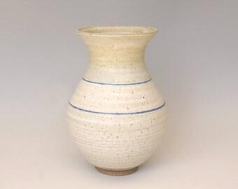 Ceramic vase, flower vase, handmade, cream vase, white vase, stoneware