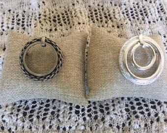 Set of two Ring Brooches
