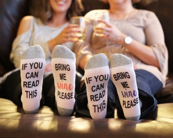 Ankle socks // Bring me wine socks // wine socks / If you can read this / vday gift // gift for her // mother's day gift // wine socks