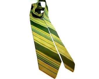 "Vintage 70s Tie, Di Edwardo Tie,Striped Tie,Green Tie,St. Patricks Day,4"" Wide Tie,Bold Polyester Tie,Retro Tie,Vintage Menswear,Kipper Tie"