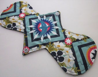 "Cloth Menstrual Pad 11"" regular absorbency - Geometric print 100% cotton top"