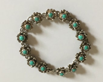 Vintage Sterling Silver Bracelet with Flower Design and 14 Turquoise Stones