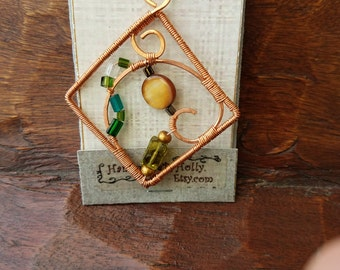 Hip to be Square Pendant in green