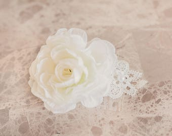 White Rose & Lace Decorative Comb