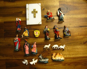 Vintage Nativity Scene With Animals And Bible Cake Topper Set