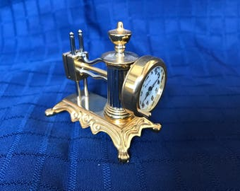 Miniature clock - sewing machine - Bulova