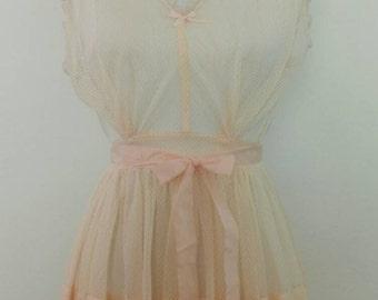 Vintage 1960s Peach Nightgown