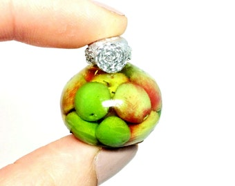 Dollhouse miniature 1/12 A bottle of pickled apples, a jar of apples!