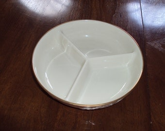 Lenox  3 section Dish