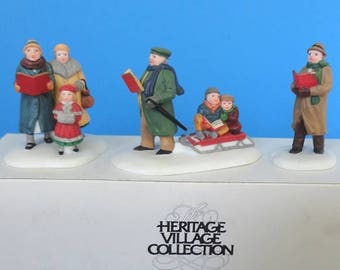 Dept 56 Caroling Thru the City Retired CIC Accessories