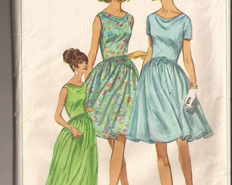 Simplicity 6570 Juniors and Misses Dress in 2 lengths. Size 16, bust 36. Vintage 1966