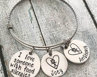 I love someone with food allergies - Food allergy awareness - Hand stamped bracelet - Medical alert jewelry - Mother's jewelry - Custom gift