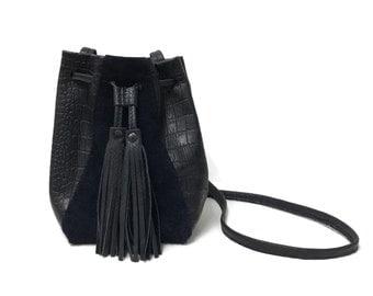 Navy blue suede crocodile embossed bucket bag // SAME DAY SHIPPING // Boho croc embossed Crossbody bag