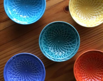 Harlequin Nut Dish 3 bowl set