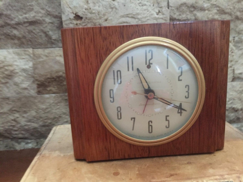 Electric Alarm Clock ~ Vintage wooden general electric alarm clock model ha