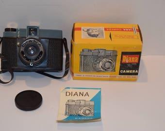 "Vintage Lomography Model 151 ""Diana Camera"" - EX w/ Box & Manual - Blue/Black"