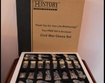 The History Channel Civil War Chess Pieces Like New - Vintage  Board