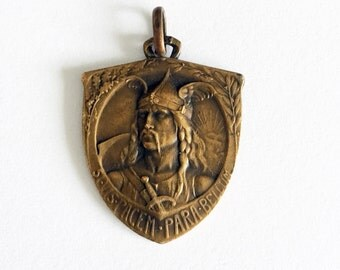 1920s French Cycling Medal 'Union Velocipedique France' Medal Art Deco Fob Pendant