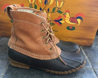 Llbean Duck Boots Maine Hunting Shoes in black- vintage, great condition, fur insert. Women's Sz 8