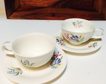 Eva Zeisel Bouquet Hallcraft Hall China, 1950s Pair Coffee Cups and Saucers