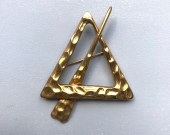 FRENCH VINTAGE BROOCH / Geometric / Triangle / Gold plated / Jewelry / Bijoux / Accessorie / Statement / French vintage