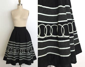 Vintage 1950s Skirt // 50s Mexican Black Circle Skirt // Monochrome Black + White Patio Skirt // Graphic Design Full Skirt // Dita Von Teese