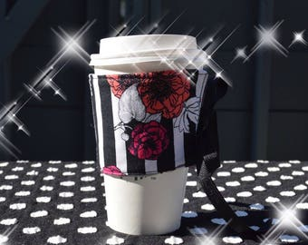 Flora lStripes Reusable Coffee Sleeve