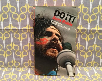 Do It! by Jerry Rubin paperback Book LSD Drug Culture Hippie Vintage introduction by Eldridge Cleaver