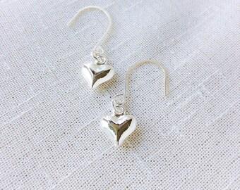 Everyday earrings for women, mom gifts, wedding earrings, dangle earrings, silver earrings, bridesmaid earrings, mom earrings