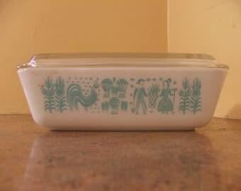 Vintage Pyrex Aqua & White Amish Butterprint Refrigerator Dish #503 1.5 Quart With Lid