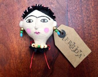 Frida Kahlo felt brooch *Limited Edition* - Series 02, Number 001