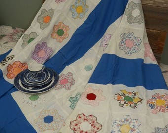 HANDMADE QUILT TOP: A charming vintage topper
