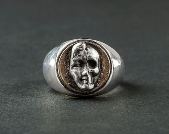 "Double sided ""Vanity Bis"" ring (fine silver ring: half man half skull head)"