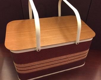 Vintage Basket by Redmon large Storage Basket  Woven Wicker Basket  in Very Good Vintage Condition