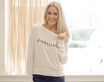 Hashtag Married Shirt // #married // gifts for her // bride // bachelorette // bride to be // wedding gift / engaged // bridal shower gift