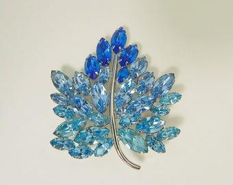 Big Blue Rhinestone Leaf Pin, Napier Rhinestone Brooch, Vintage Ice Blue Pin, Big Sparkly Blue Leaf Brooch