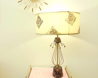Mid Century Table Lamp, Atomic Sputnik Pink & Black, Brass Wires and Balls, Fiberglass Shade