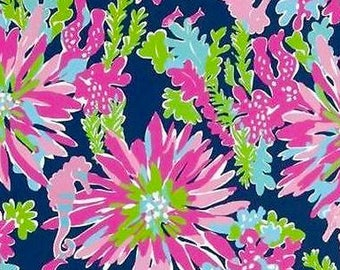 Trippin and Sippin cotton poplin   12  X 18 inches  ~Lilly Pulitzer~