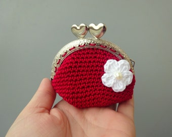 """Crochet coin purse lined with fabric and little flower applique - 8,5 cm (3.35"""")"""