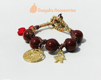Acrylic bracelet with goldplated charm. Brown acrylic bracelet. I said Mama. Handmade acrylic bracelet.