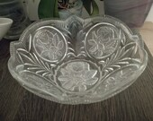 1920 1930 Pressed glass fruit salad bowl. Frosted Roses