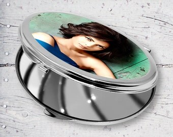 Young Lady Oval Personalized Sublimation Compact Mirror JB12