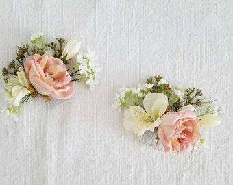 Wedding Hair Pin, Wedding Hair Comb, Silk Flower Comb, Flower Pin, Flower Hair Pin, Silk Flower Pin, Flower Comb, Wedding Comb, Wedding Pin