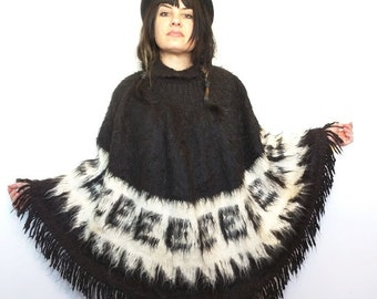 100% Alpaca fringe poncho cowl neck warm black white warm boho ethnic Peru Bolivia chic hippie warm soft S/M/L/XL